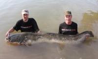 taffi tackle tours mit weiterem monster guidingfisch in spanien