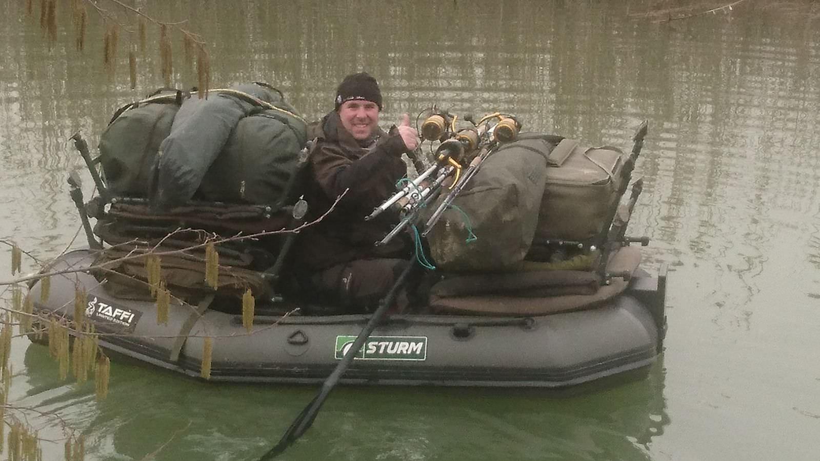 wallerguiding inklusiv übersetzen mit einem sturm schlauchboot bei taffi tackle tours